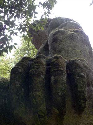 bomarzo-giant.jpg
