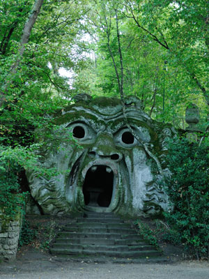 bomarzo-mouth.jpg
