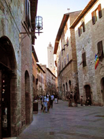 San Gimignano tour, view of main walking road